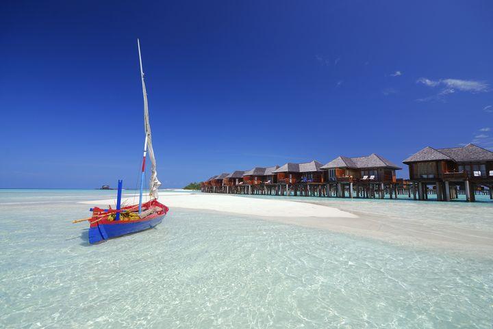 H tel olhuveli beach spa resort 4 voyage maldives for Sejour complet maldives
