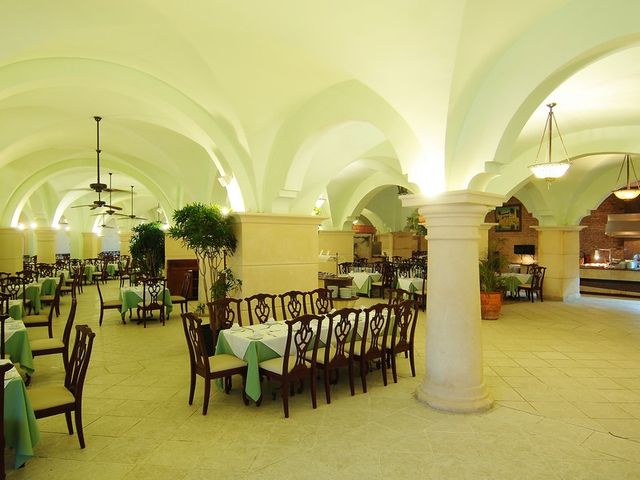 restaurante alacazar hotel barcelo punta cana22 72626